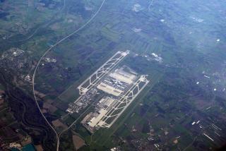 lotnisko w Monachium, w tle Darmowe Zdjęcia