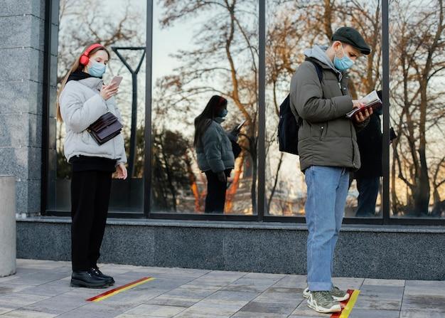 Ludzie Czekają W Kolejce Darmowe Zdjęcia