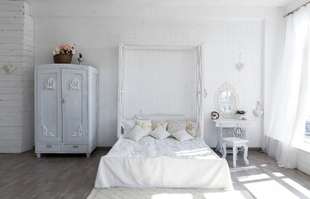 Luksusowy Projekt Sypialni W Stylu Vintage Premium Zdjęcia