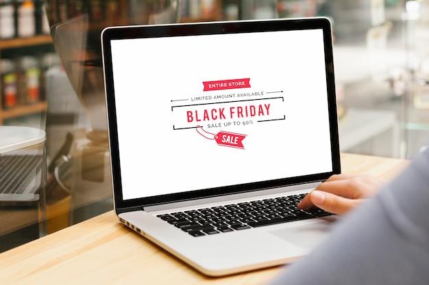 Makieta laptopa czarny piątek sprzedaż Darmowe Zdjęcia