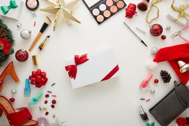 Makieta pozdrowienia projekt szczęśliwego nowego roku Premium Zdjęcia