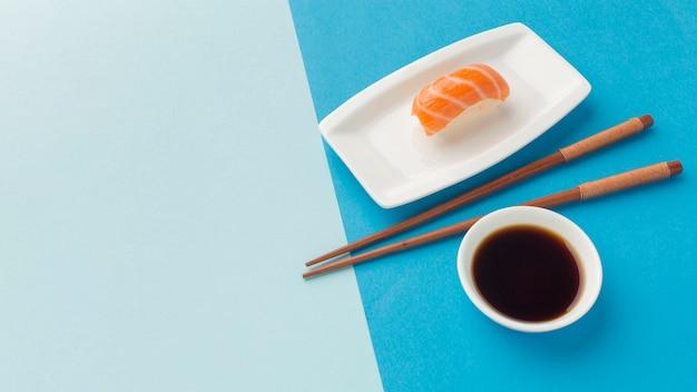 Makro Pyszne Sushi Z Miejsca Kopiowania Premium Zdjęcia