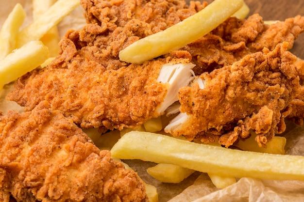Makro Smażony Kurczak I Frytki Darmowe Zdjęcia