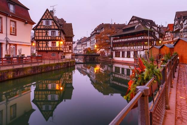 Mała Francja Rano, Strasburg, Alzacja Premium Zdjęcia