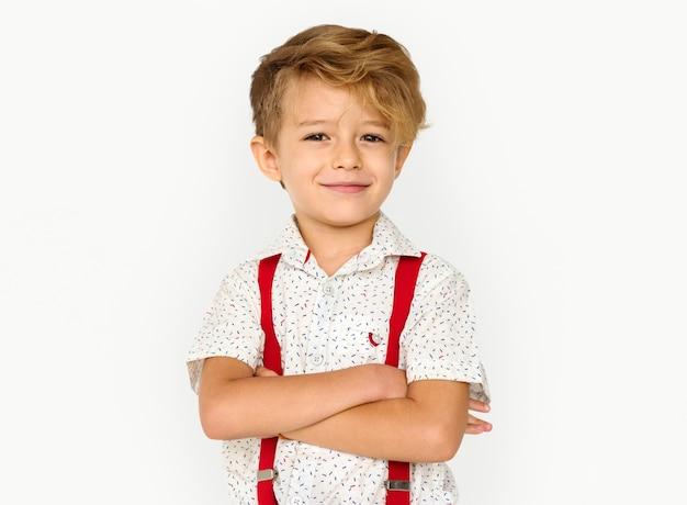 Mały Chłopiec Uśmiecha Się Szczęście Studio Portret Premium Zdjęcia