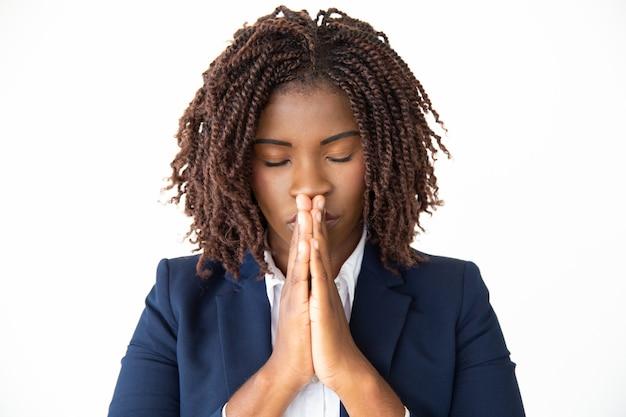 Mam Nadzieję, że Młoda Bizneswoman Modli Się Darmowe Zdjęcia