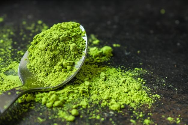 Matcha - zielona herbata w proszku, suplement diety Premium Zdjęcia