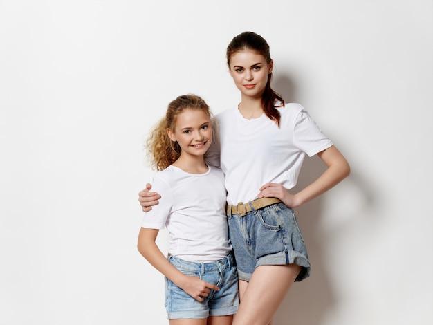 Matka I Córka Pozowanie Premium Zdjęcia