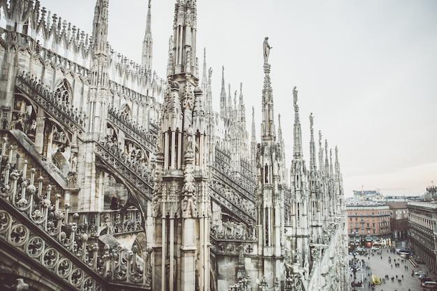 Mediolan, Widok Z Lotu Ptaka Katedry Z Góry Katedry Premium Zdjęcia