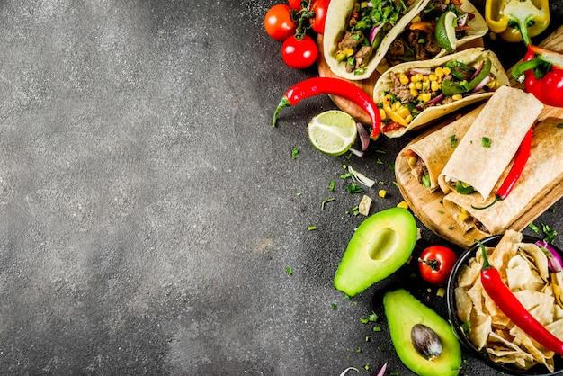 Meksykańskie jedzenie . jedzenie cinco de mayo. Premium Zdjęcia