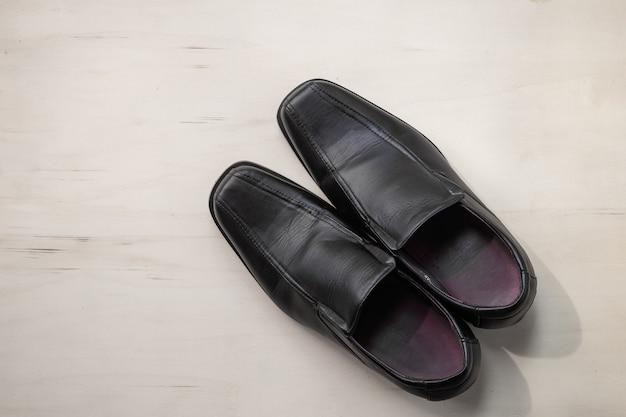 Męskie skórzane buty na drewnie ¡¡ Premium Zdjęcia