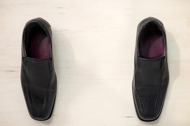 Męskie skórzane buty na drewnie Premium Zdjęcia