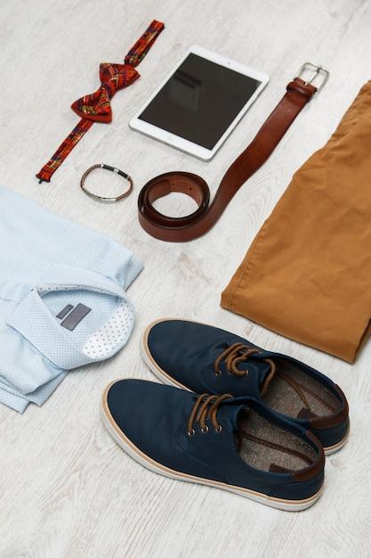Męskie ubrania i akcesoria Premium Zdjęcia