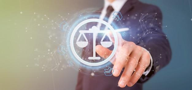 Mężczyzna Trzyma Technologii Sprawiedliwości Ikonę Na Okręgu 3d Renderingu Premium Zdjęcia