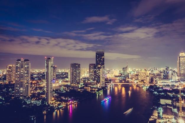 Miasto bangkok w nocy Darmowe Zdjęcia