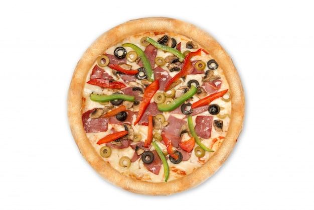 Mieszana Pizza Od Wierzchołka Odizolowywającego Na Białym Tle Dla Menu I Układu Widoku Premium Zdjęcia