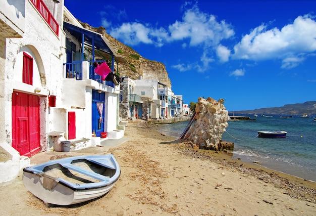 Milos - Tradycyjna Wioska Rybacka Mandrakia, Piękne Wyspy Grecji, Cyklady Premium Zdjęcia
