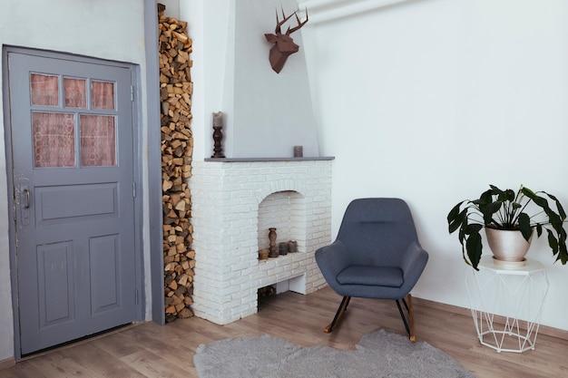 Minimalistyczny design salonu w stylu vintage Darmowe Zdjęcia