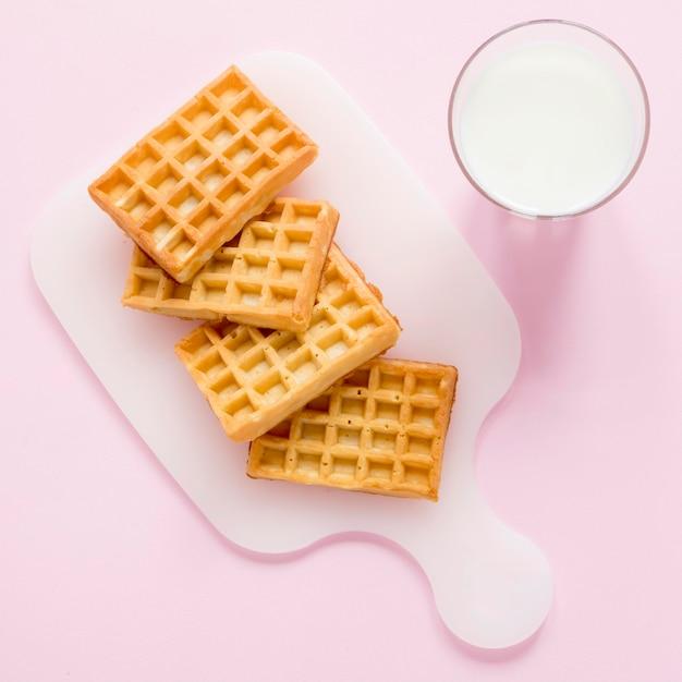 Mleko I Gofry Darmowe Zdjęcia