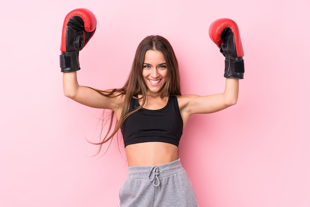 Młoda Kobieta Sportowy Boks Premium Zdjęcia