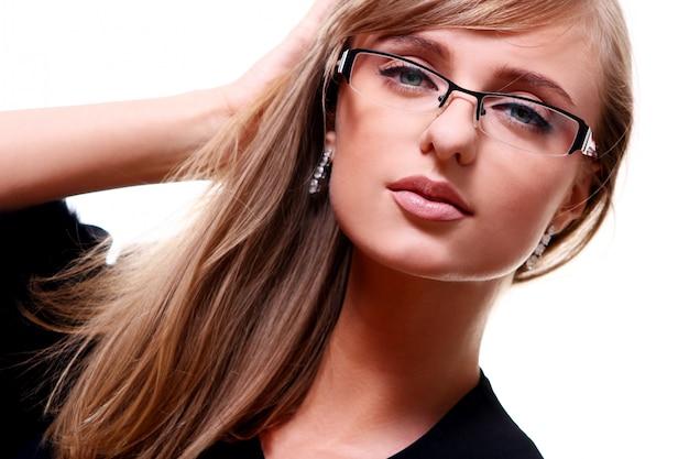 Młoda kobieta w okularach Darmowe Zdjęcia