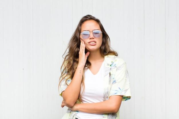 Młoda ładna Kobieta Premium Zdjęcia