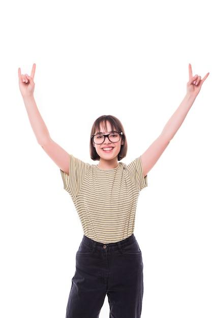 Moda Nastolatka Hipster Dając Znak Rock And Roll. ładne Modele Uśmiechnięte Darmowe Zdjęcia