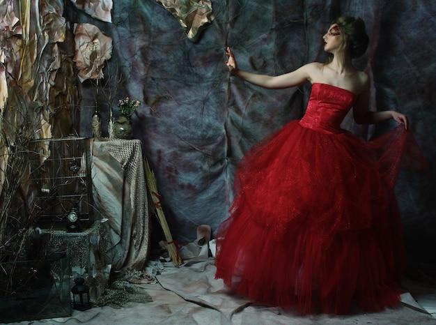 Moda Piękny Portret Romantycznej Pięknej Dziewczyny Z Fryzurą Premium Zdjęcia
