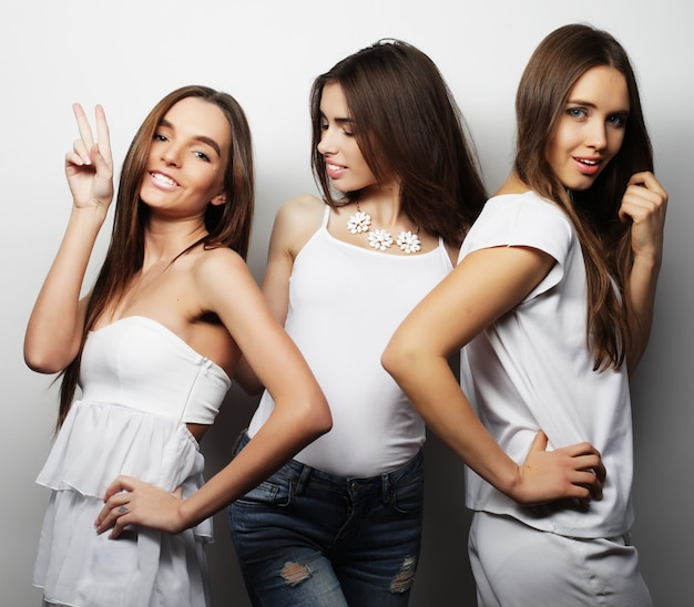 Moda Portret Trzech Najlepszych Przyjaciół Stylowe Seksowne Dziewczyny Premium Zdjęcia