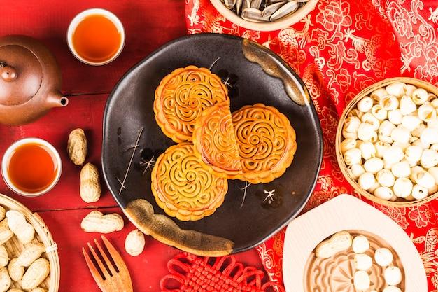 Mooncake, Chińskie Jedzenie Na Festiwal W Połowie Jesieni. Darmowe Zdjęcia