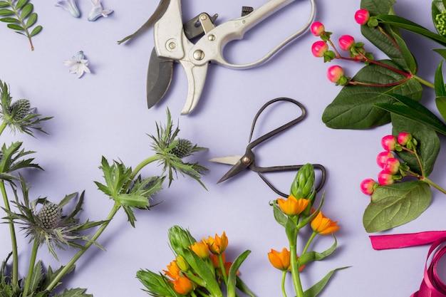 Narzędzia I Akcesoria Kwiaciarnie Potrzebne Do Zrobienia Bukietu Darmowe Zdjęcia