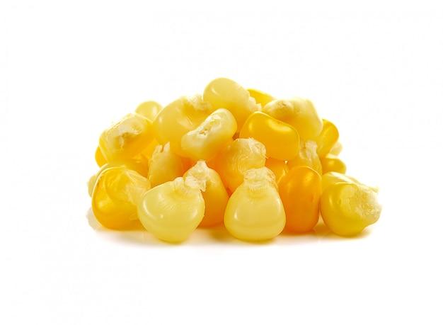 Nasiona Kukurydzy Na Białym Tle Premium Zdjęcia