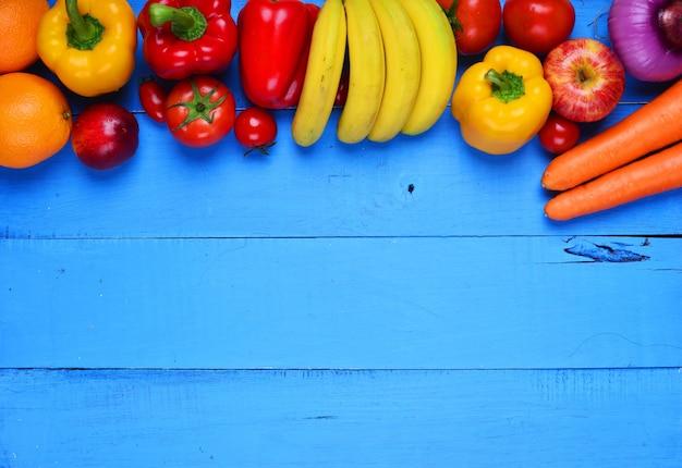 Niebieski Stół Z Warzyw I Owoców Darmowe Zdjęcia