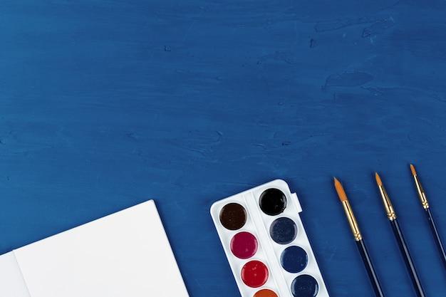 Niebieskie Pędzle, Widok Z Góry Premium Zdjęcia