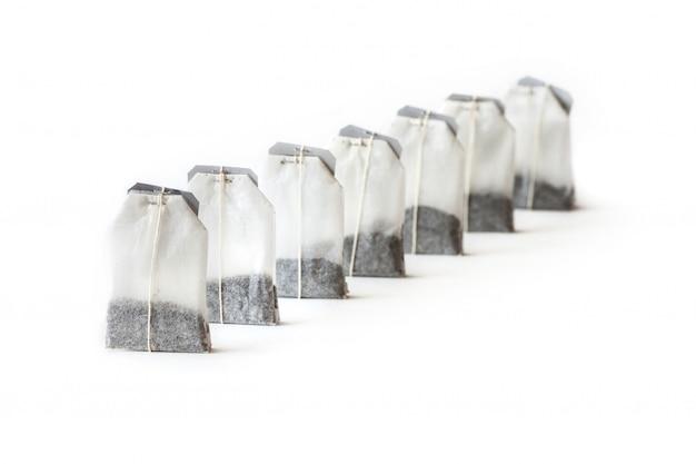Nieużywane Torebki Z Rzędu Na Białym Tle Premium Zdjęcia