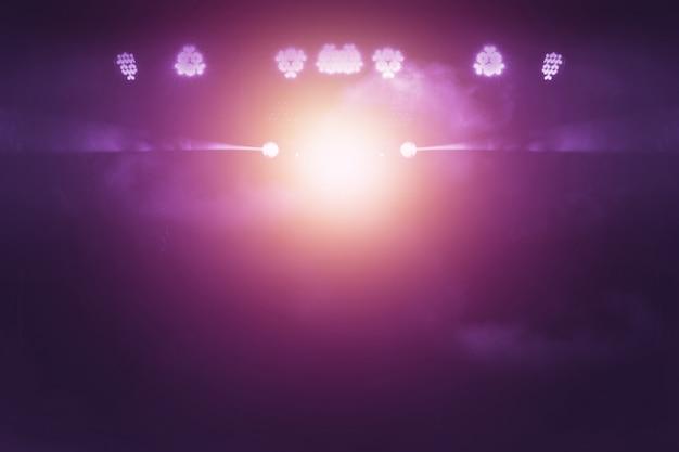 Niewyraźne światła Na Scenie, Abstrakcyjny Obraz Oświetlenia Koncertowego Premium Zdjęcia