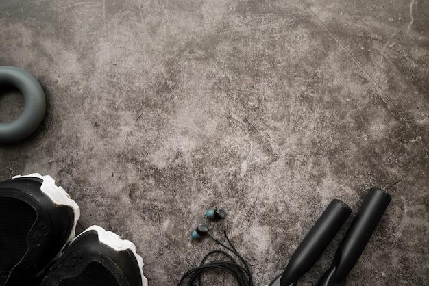 Nowoczesna kompozycja siłowni z elementami sportu Darmowe Zdjęcia