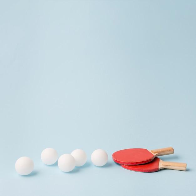 Nowoczesna kompozycja sportowa z elementami ping ponga Darmowe Zdjęcia