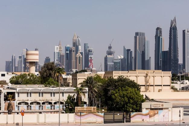 Nowoczesne Budynki W Dubai Marina. W Mieście Sztuczny Kanał O Długości 3 Kilometrów Wzdłuż Zatoki Perskiej. Darmowe Zdjęcia
