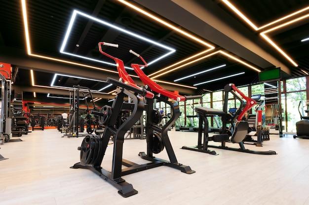 Nowoczesne wnętrze siłowni Premium Zdjęcia
