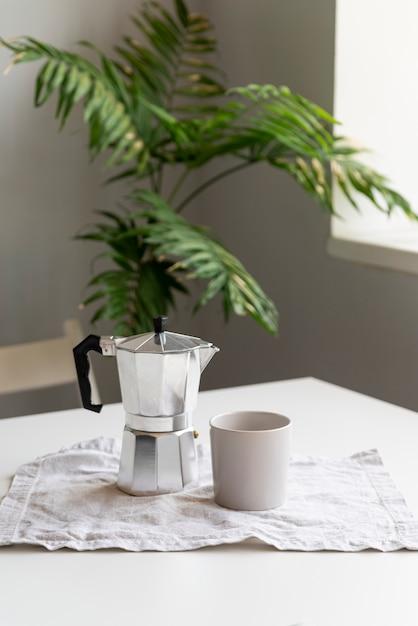 Nowoczesny wystrój domu z aranżacją kawy Darmowe Zdjęcia