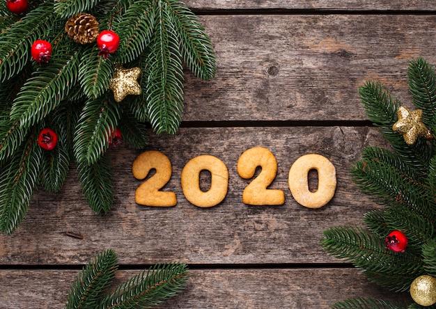 Noworoczne Ciasteczka W Kształcie 2020 Premium Zdjęcia