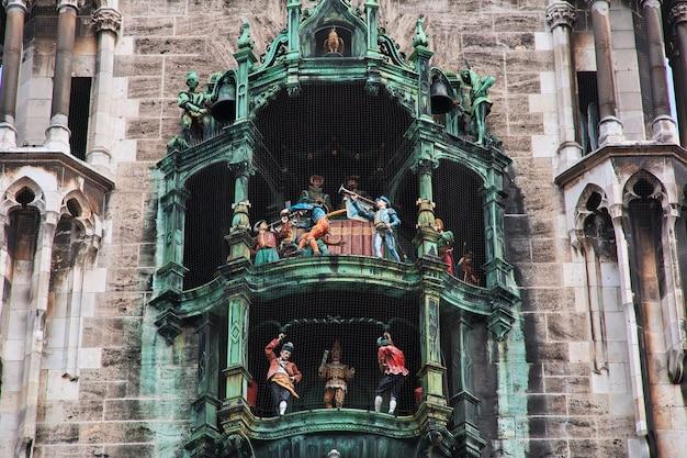 Nowy Ratusz, Neus Rathaus W Monachium, Niemcy Premium Zdjęcia