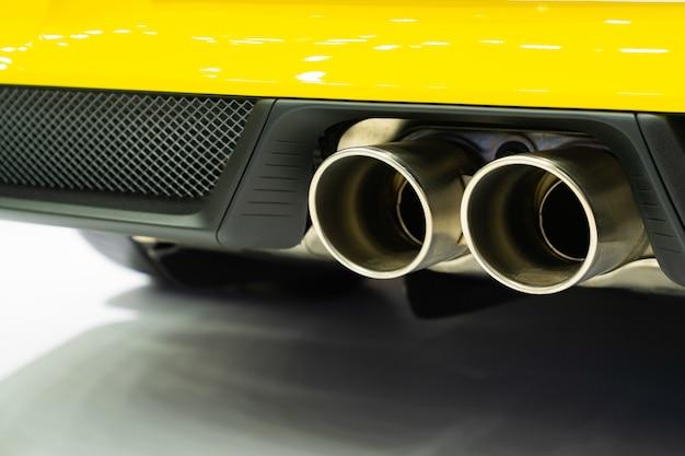 Nowy Spalinowy Samochód Premium Zdjęcia