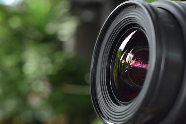 Obiektyw Aparatu Zapewniający Ostrą, Piękną Jakość Profesjonalnym Fotografom. Premium Zdjęcia