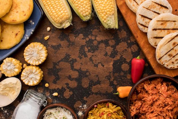 Okrągły Układ żywności Z Widokiem Z Góry Darmowe Zdjęcia