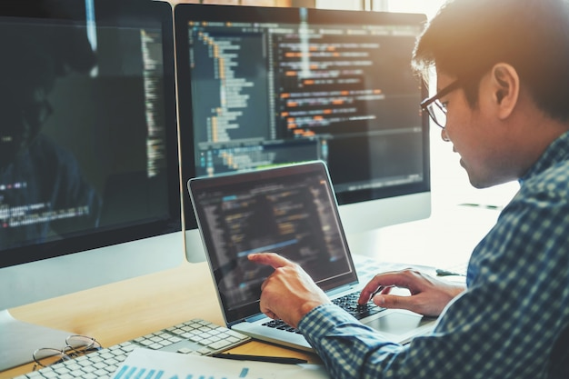 Opracowanie Programisty Projektowanie Stron Internetowych I Technologie Kodowania Premium Zdjęcia