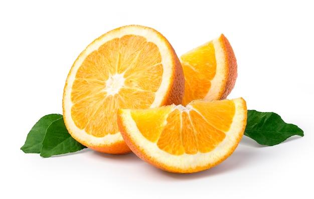 Owoc Pomarańczowy Na Białym Tle Premium Zdjęcia