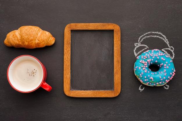 Pączki I Rogaliki Na śniadanie Darmowe Zdjęcia