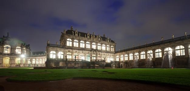 Pałac zwinger w dreźnie nocą Darmowe Zdjęcia